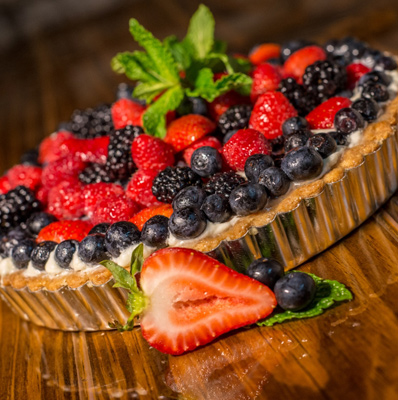 photo of berry tart pie